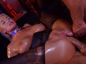Hardcore double anal and deepthroat BJ by porn diva London Well up