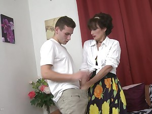 Redhead mature MILF Alice S. receives a hard cock missionary