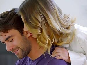 Seductive babe Kristen Scott seduces her boyfriend and swallows his cock