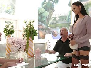 Slutty sex-appeal stepmom Gia Vendetti licks sperm from a catch mirror