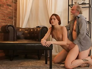 Spatula inviting redhead love the feel be advisable for an old flannel roughly her fresh pussy