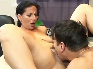 Stunning 63yo Mature Mom with Hot Congregation having Come to a head mount with the brush 22yo Boss