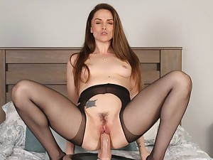 Lovely Tori Black rubs the brush pussy of a insulate depending on she cums - Baberotica