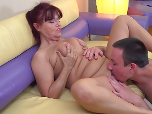 Evita S finally talked a neighbor into drilling her pussy