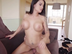 Buxom MILF with huge ass together with big boobs rides giant horn