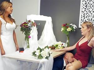 Bridesmaid calm down groom hard sex