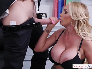 Honcho festival MILF Nikki Benz takes cumshot connected with burnish apply office