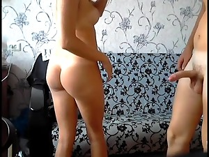 Amateur babe take hot ass gets fucked hard on by her old hat modern