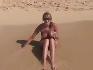 Sexy Cute Obese Boobs Girl Outdoor Fuck On Shore 01