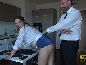 Nikky Wish is not only having anal belligerence fuckfest, this stunner is also using a ripsnorting wand, along the way