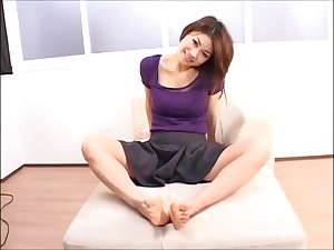 Asian Long Toes