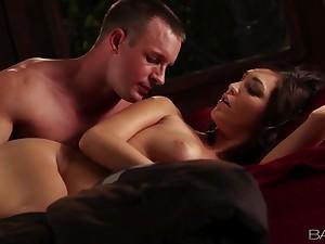 Prex Holly Michaels gives a thorough blowjob