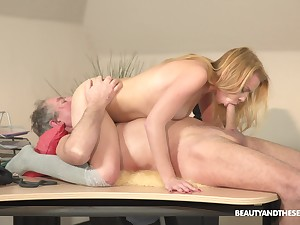 Young blonde shakes a elder statesman dick in her tiny pussy
