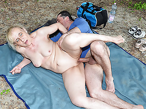 alfresco intercourse with ugly stepmom